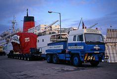 Old Lorries, Heavy Duty Trucks, Vintage Trucks, Classic Trucks, Ford Trucks, Transportation, British, Rigs, Photographs