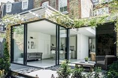 Kitchen extension design with glass sliding doors creates light filled family kitchen glass box. Charles Barclay Architects Kitchen extension design with glass sliding doors creates light filled family kitchen glass box. Glass Extension, Extension Designs, Rear Extension, Extension Google, Extension Ideas, Door Design, Exterior Design, House Design, Garden Design