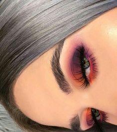 38 Tipps leicht Augen Make-up für Frauen 2019 Eye Makeup eye makeup using spoon Makeup Eye Looks, Eye Makeup Tips, Cute Makeup, Makeup Goals, Skin Makeup, Makeup Inspo, Eyeshadow Makeup, Makeup Inspiration, Makeup Ideas