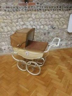 Vintage Pram, Prams And Pushchairs, Dolls Prams, Baby Strollers, Silver, Toys, Gaming, Baby Prams, Prams