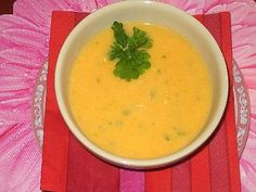 Koti, Thai Red Curry, Soups, Food And Drink, Dinner, Cooking, Ethnic Recipes, Dining, Kitchen