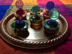 Cupcakes happy face rellenos de manjar.