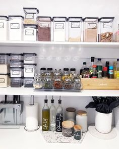 If you're looking for a beautiful and easy way to organise your pantry, look no further! Our range of printed vinyl labels are the perfect addition to your pantry and really cost effective to. So you can label your kitchen canisters and spice jars and organise your pantry like a pro. All you need to do is peel and stick. What makes this even better is we have a range of pantry and spice labels online at 50% off. Kitchen Jar Labels, Kitchen Butlers Pantry, Kitchen Canisters, White Kitchen Cabinets, Kitchen Cabinet Organization, Pantry Storage, Custom Pantry, Vinyl Labels, Interior Design Kitchen