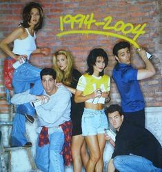 Find images and videos about friends, tv show and Jennifer Aniston on We Heart It - the app to get lost in what you love. Friends Tv Show, Tv: Friends, Friends Season 1, Friends Scenes, Friends Episodes, Friends Cast, Friends Moments, Friends Forever, Ross Geller