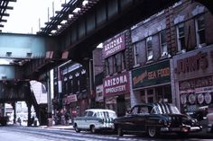 30 Fascinating Color Photographs That Capture Street Scenes of Queens, New York in the 1960s
