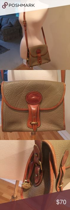 🔴Final $🔴 Dooney & Burke cross body bag 💜The bag is in really good shape. The leather has some wear but no scuffs or marks. Inside is clean. Dooney & Bourke Bags Crossbody Bags