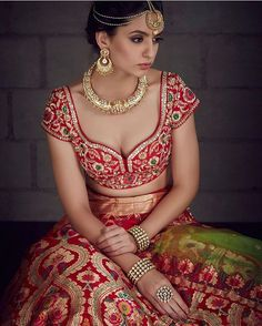 Sangeet Lehengas - Beautiful Red Bridal Lehenga Sweetline Neck Blouse with Banarsi Red Lehenga with a Gold Choker, Maang Tikka and Matha Patti Outfit by: Benzer Indian Wedding Outfits, Bridal Outfits, Indian Outfits, Bridal Dresses, Red Lehenga, Bridal Lehenga, Banarasi Lehenga, Sharara, Bridal Lenghas