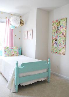 sloanes-room-vintage-twin-beds4