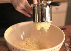 How to make perfect mashed potatoes: Use a potato ricer (VIDEO). Perfect Mashed Potatoes, Potato Ricer, Hosting Thanksgiving, Kitchen Essentials, Potato Recipes, Ideas Para, Cooking Tips, Sweet Potato, Veggies