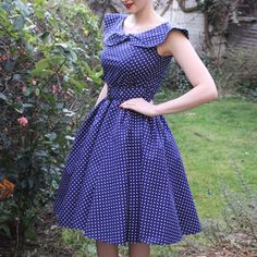 Polka Dot Bow Dress Navy, now featured on Fab. Modest Dresses Casual, 50s Dresses, Vintage Dresses, Vintage Outfits, Vintage Fashion, Frock Fashion, Fashion Dresses, Fashion Clothes, Dress With Bow