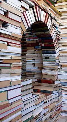 Books, no shelves!