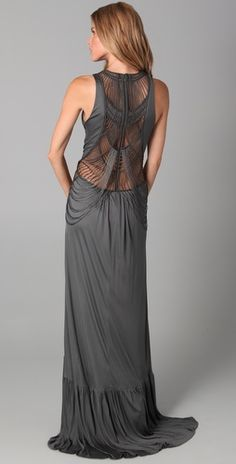 Love the intricate and detailed back of this Doo. Ri Macrame Gown