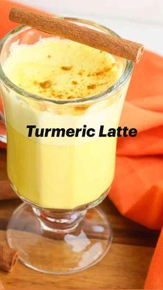 Healthy Juices, Healthy Smoothies, Healthy Drinks, Turmeric Drink, Turmeric Recipes, Smoothie Drinks, Smoothie Recipes, Picky Eaters Kids, Health And Nutrition