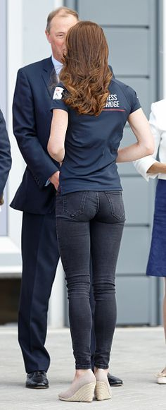 Sexy Jeans, Superenge Jeans, Patched Jeans, Kate Middleton Photos, Kate Middleton Style, Kate Beckinsale Hot, Beste Jeans, Emma Watson Sexiest, Up Girl