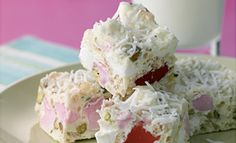 White Chocolate and Rice Bubbles Rocky Road Recipe - Cake stall Rice Bubble Recipes, Recipes With Rice Bubbles, White Chocolate Rocky Road, Cake Stall, Cereal Recipes, Cake Recipes, Dessert Recipes, Square Cakes, Homemade Candies