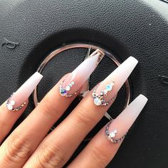 50 Pretty Nail Designs Ideas for 2019 - Uñas hermosas Gem Nails, Aycrlic Nails, Diamond Nails, Dope Nails, Stiletto Nails, Nails With Diamonds, Coffin Nails, Ongles Bling Bling, Rhinestone Nails
