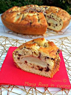 DOLCE CIAMBELLA PERE E CIOCCOLATO Dolce, Bagel, Muffin, Bread, Dessert, Breakfast, Food, Morning Coffee, Brot