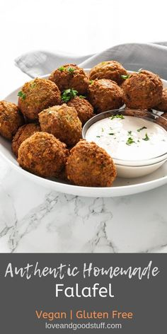 The BEST homemade falafel! This falafel recipes start the authentic way - with dried chickpeas. Don't be intimidated, it's easy than you think! Authentic homemade falafel made from dried chickpeas, herbs and garlic. Falafels, Vegan Vegetarian, Vegetarian Recipes, Healthy Recipes, Easy Recipes, Sans Gluten Vegan, Whole Food Recipes, Cooking Recipes, Fast Food