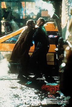 Blade Runner - Publicity still of Harrison Ford & Brion James Harrison Ford, Sean Young, Tv Movie, Blade Runner 2049, Sci Fi Films, Ridley Scott, Love Film, Runners World, Ghost In The Shell