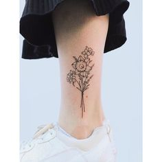 daffodil tattoo Dainty Tattoos, Mini Tattoos, Small Tattoos, Daffodil Flower Tattoos, Birth Flower Tattoos, Make Tattoo, S Tattoo, Forget Me Not Tattoo, Candle Tattoo