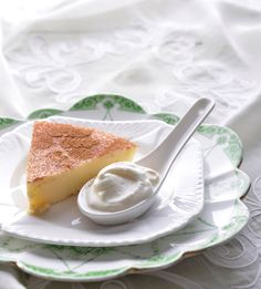 Traditional South African recipe for lekker Milk Tart, topped with cinnamon and nutmeg Ingredients Sweet shortcrust pastry: c g) cake flour, sifted ¼ c g) castor sugar […] South African Desserts, South African Recipes, Tart Recipes, Cooking Recipes, Yummy Treats, Delicious Desserts, Milk Tart, Shortcrust Pastry, Sweet Tarts