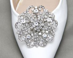 Gold Or SilverA Pair Of Round Shoes ClipCrystal by BlingGarden
