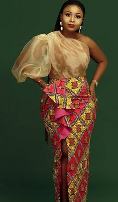 ankara mode 15 Beautiful Ankara Styles Designs - Brenda O. African Prom Dresses, Latest African Fashion Dresses, African Dresses For Women, African Attire, African American Fashion, Ankara Fashion, African Women, Emo Fashion, Maxi Dresses