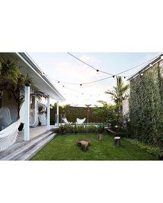 ev decor magnolia homes, byron beach и outdoor rooms Small Outdoor Spaces, Outdoor Areas, Outdoor Rooms, Outdoor Living, Byron Bay Beach, Houses Architecture, House Ideas, Magnolia Homes, Back Gardens