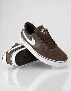 Nike Skateboarding Mavrk 2 Low Skate Shoes #nike #brown