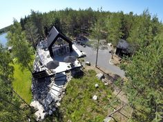Sunhouse Saaristolaistalo M1 - Archipelagian House by a Finnish prefab design and manufacturing company Sunhouse. @sunhousetalot