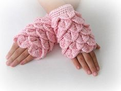 I cant decide if I love these or think its crazy: Fingerless Gloves , Pink, Pastel, Rose, Trendy, Girly, Teenie, Women, Flower