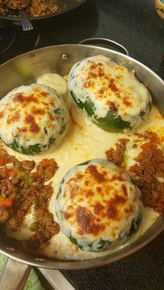 Zapallitos argentinos rellenos de carne y salsa bechamel gratinados!!!