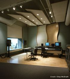 Love the modern, clean look of this studio.