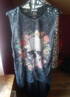Kup mój przedmiot na #vintedpl http://www.vinted.pl/damska-odziez/tuniki/12191074-tunikasukienka-z-czaszka-rozmiar-m