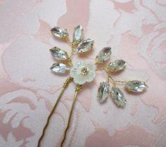 Gold wedding hair pin Bridal hair Pin Gold by MagicBluebellDesigns