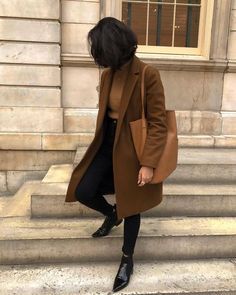Brown wool coat black pants and boots winter weather Korean .- Brown wool coat black pants and boots winter weather Korean fashion - Fashion Mode, Look Fashion, Korean Fashion, Fashion Outfits, Fashion Trends, Fashion Ideas, Brown Fashion, Trendy Fashion, 2000s Fashion