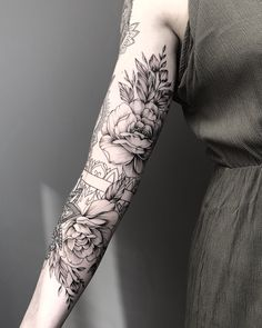 - artist - diy best tattoo ideas - Peonies Artist -Peonies - artist - diy best tattoo ideas - Peonies Artist - Best Best Tattoos Ideas : Tritoan Ly half sleeve tattoos pics 50 Chic And Sexy Arm Floral Tattoo Designs You Must Kn. Tattoo Girls, Girl Tattoos, Tattoos For Women, Couple Tattoos, Body Art Tattoos, New Tattoos, Sleeve Tattoos, Tattoos Pics, Piercing Tattoo
