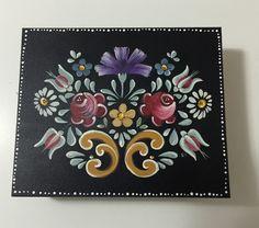 Porta joias pintada em Bauer