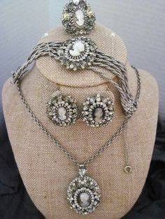 Vintage Hobe 4 piece Cameo Parure including matching ring