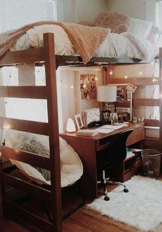College Bedroom Decor, Cool Dorm Rooms, College Dorm Rooms, Room Ideas Bedroom, College Tips, Dorms Decor, Dorm Room Decorations, Wood Bedroom, Loft Bed Room Ideas
