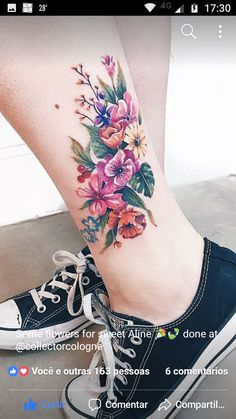Semi-realistic looking and no black outlines. Really pretty - Tattoo Style 2019 Realistic Flower Tattoo, Pretty Flower Tattoos, Flower Tattoo On Ankle, Beautiful Tattoos, Tattoo Flowers, Foot Tattoos, Forearm Tattoos, Body Art Tattoos, Small Tattoos