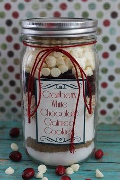 Cranberry White Chocolate Oatmeal Cookie Mix in a Jar - Easy Gift!