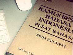 I got: 12 Right! - Ejaan Baku Bahasa Indonesia  Se berapa atau seberapa  Tahu kah atau tau kah Aku tentang Bahasa Indonesia?
