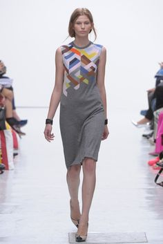 Pringle of Scotland RTW Spring 2012.  I wonder if that is a print on top of the knit?  Or knitted in color?