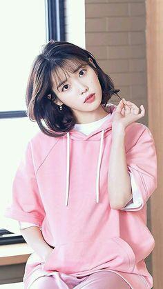 Lee Ji-eun Wallpaper New Balance Korean Actresses, Korean Actors, Actors & Actresses, Korean Idols, Asian Woman, Asian Girl, Iu Fashion, Korean Beauty, Ulzzang Girl