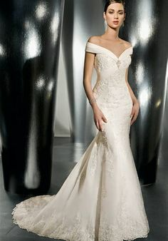 Demetrios Bridal. I may have to commit highway robbery...but I want this one day!