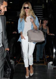Rosie Huntington-Whiteley..... - Celebrity Fashion Trends