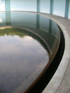 TADAO ANDO, NAOSHIMA CONTEMPORARY ART MUSEUM: elliptical courtyard.