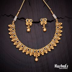 Beautifully crafted necklace studded with white and green stones and plated with polish Black Gold Jewelry, Gold Jewellery, Kerala Jewellery, Gold Bangles, Antique Necklace, Gold Necklace, Short Necklace, Necklace Set, Gold Chain Design