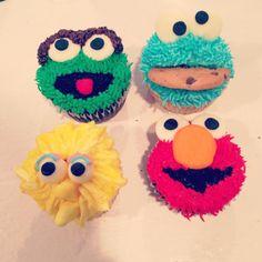 Sesame Street cupcakes #elmo #cookiemonster #oscar #bigbird